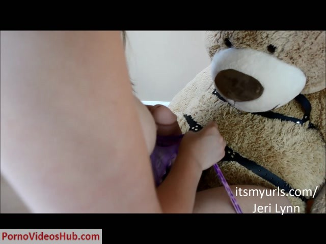 Watch Online Porn – ManyVids presents Jeri Lynn – Thick Mom Fucks Big Dirty Bear Dick (MP4, FullHD, 1440×1080)