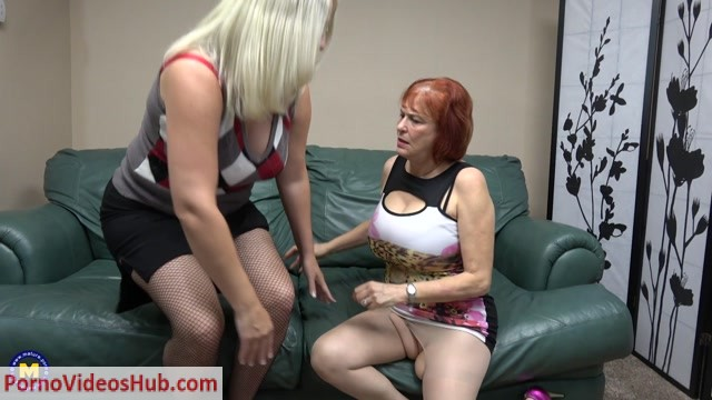 Mature.nl_presents_Angie_Summers__59___Anna_Moore__43__in_Naughty_mature_lesbians_sharing_their_pussies_-_08.08.2018.mp4.00005.jpg