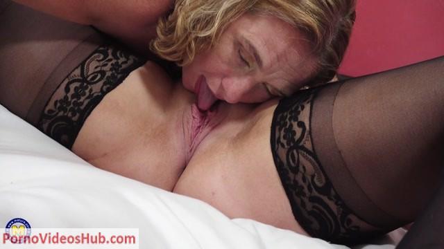 Watch Online Porn – Mature.nl presents Camilla C. (EU) (45), Crystal Smith (EU) (31) in British lesbian ladies having fun together – 01.08.2018 (MP4, FullHD, 1920×1080)