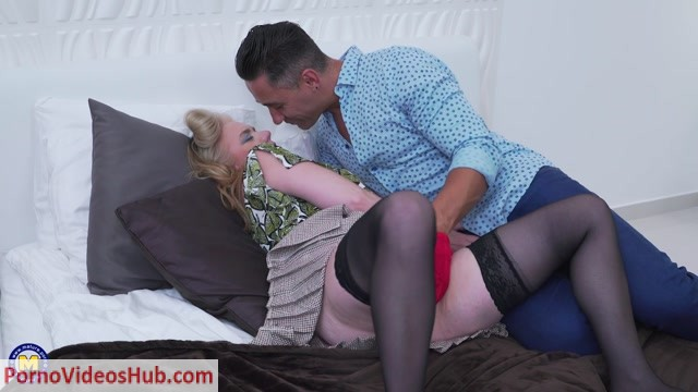 Watch Online Porn – Mature.nl presents Lily May (EU) (49) in British big breasted lady fucking and sucking – 18.08.2018 (MP4, FullHD, 1920×1080)