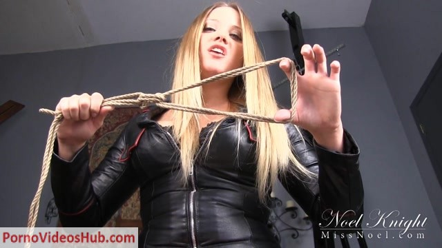 Miss_Noel_Night_-_Judicial_Executrix.mp4.00012.jpg