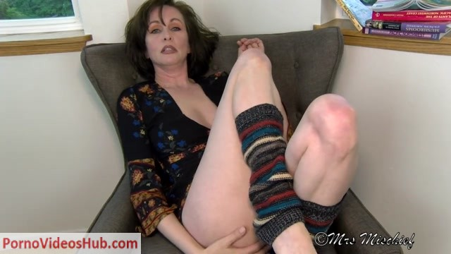 Watch Online Porn – Mrs Mischief in Blowing Stepmoms Mind And Your Load (MP4, HD, 1280×720)