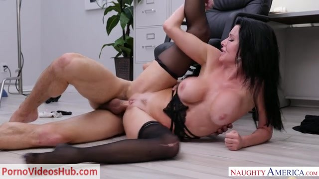 Watch Online Porn – NaughtyAmerica – NaughtyOffice presents Veronica Avluv 24491 – 21.08.2018 (MP4, SD, 640×360)