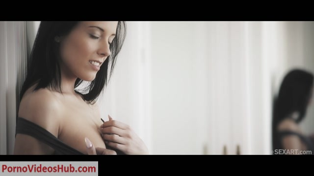 Watch Online Porn – SexArt presents Angela Vidal & Lexi Layo in Diffusion – 03.08.2018 (MP4, FullHD, 1920×1080)