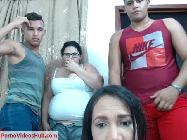Shemale_Webcams_Video_for_August_15__2018_-_09.MP4.00001.jpg