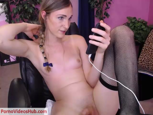 Watch Online Porn – Shemale Webcams Video for August 22, 2018 – 02 (MP4, SD, 640×480)