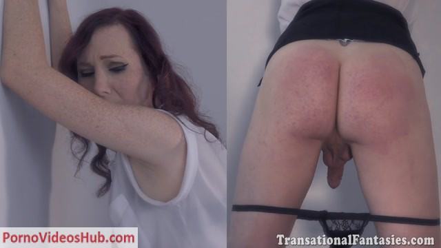 Shemalestrokers_presents_Sexy_redhead_Jean_Jezebel_-_08.08.2018.mp4.00002.jpg