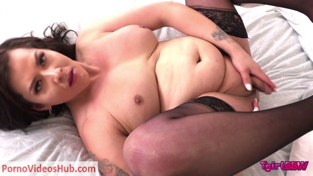 Watch Online Porn – Tgirlbbw presents Mouthwatering Katie Cums! – 30.08.2018 (MP4, HD, 1280×720)