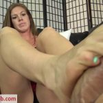 The Foot Fantasy – Ivy Secret Babysitter Footjob POV