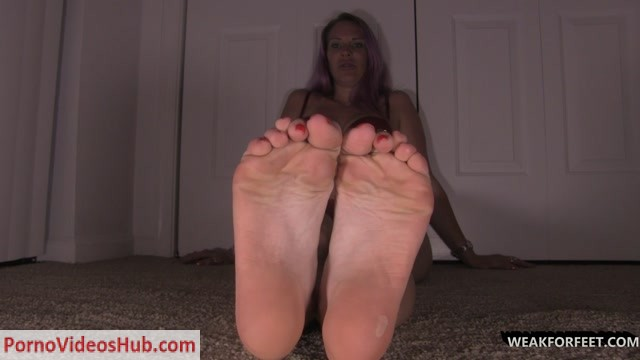 Weak_for_Feet_-_You_are_my_new_foot_bitch.mp4.00006.jpg