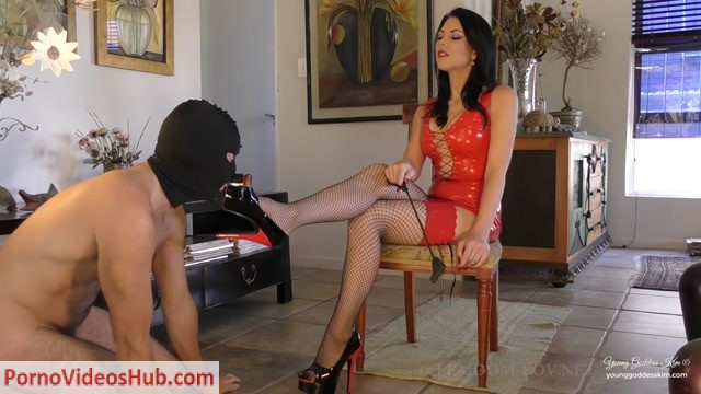 Watch Online Porn – Young Goddess Kim – The Strict and Supreme Stiletto Service (MP4, FullHD, 1920×1080)