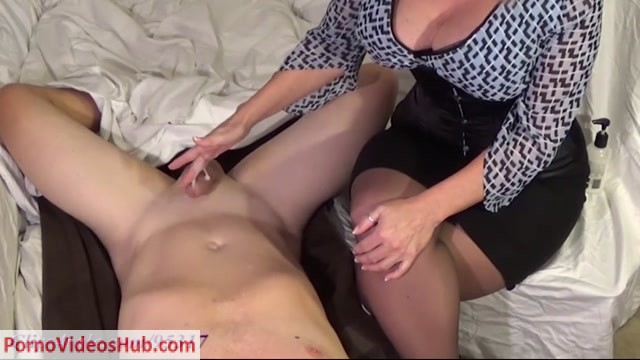 clips4sale_presents_I_LOVE_MOMMY.mp4.00004.jpg