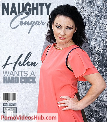 1_Mature.nl_presents_Helen__44__in_She_loves_to_ride_something_else_than_her_couch_-_15.09.2018.jpg