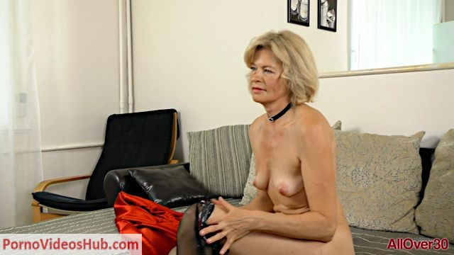 Allover30_presents_Diana_V_51_years_old_Interview_-_18.09.2018.mp4.00010.jpg