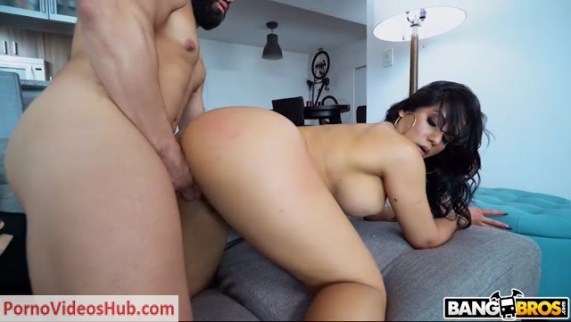 BangBros_-_AssParade_presents_Rose_Monroe_in_Creampie_For_This_Perfect_Latina_-_03.09.2018.mp4.00012.jpg