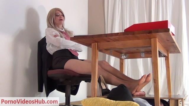 Watch Online Porn – CBTrample presents Secretary Alina – Dominant Footjob for her Boss (HD 1920×1080) (MP4, FullHD, 1920×1080)