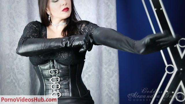 Goddess_Alexandra_Snow_-_Leather_Addiction.mp4.00003.jpg
