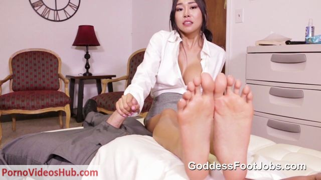 Watch Online Porn – Goddess Footjobs – Honey Moon – No Work Visa (MP4, FullHD, 1920×1080)