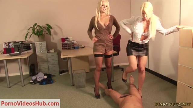 Watch Online Porn – Kinky Kicks Ballbusting Fantasies – Evy, Syren – Chauvinistic Consequence (MP4, HD, 1280×720)