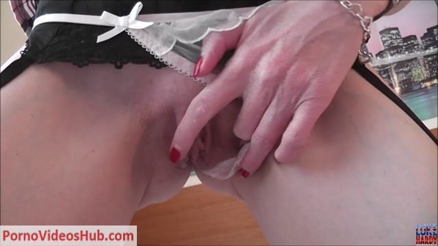 LukeHardyXXX_presents_Scarlet_Red_2.mp4.00003.jpg