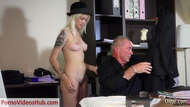 Watch Online Porn – Old & Young – Arteya2 (MP4, FullHD, 1900×1080)