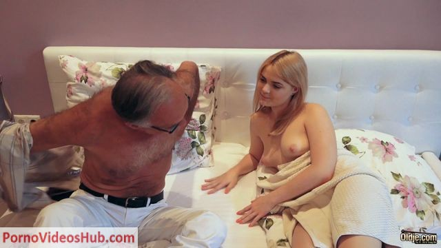 Watch Online Porn – Old & Young – Lolly Small5 (MP4, FullHD, 1920×1080)