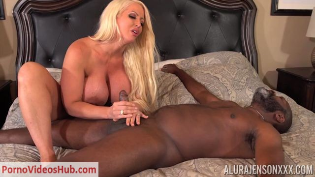 PornstarPlatinum_presents_Alura_Jenson_in_Mistress_vs_old_perv_-_05.09.2018.mp4.00010.jpg