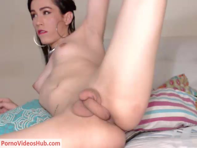 Watch Online Porn – Shemale Webcams Video for September 09, 2018 – 05 (MP4, SD, 640×480)