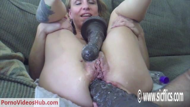 SicFlics_presents_Sashas_anal_horse_cock_fuck_-_19.09.2018.mp4.00013.jpg