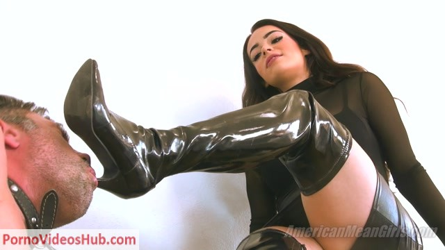 Watch Online Porn – TheMeanGirls – Princess Carmela – Crushing Your Credit Card and Your Head (MP4, FullHD, 1920×1080)