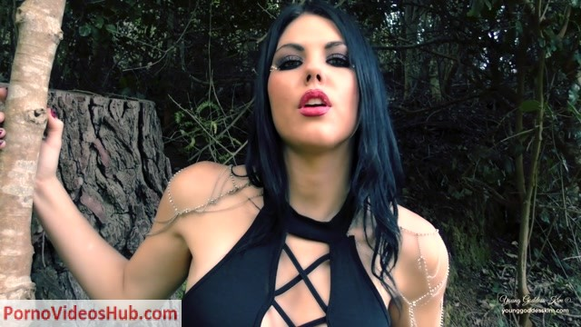 Young_Goddess_Kim_in_Woodlands_Witch__Premium_user_request_.mp4.00011.jpg