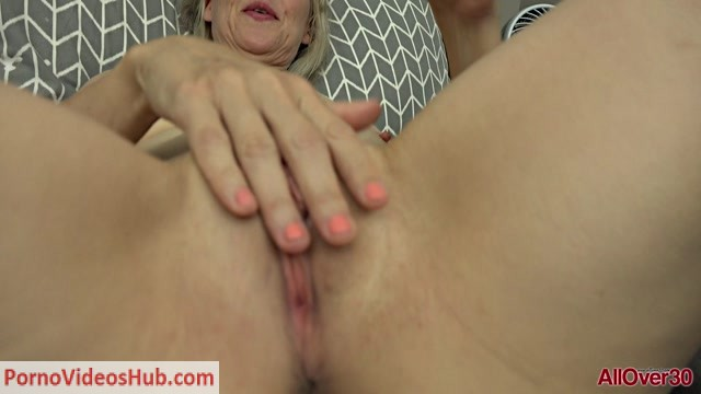 Allover30_presents_Jamie_Foster_49_years_old_Mature_Pleasure_-_29.10.2018.mp4.00015.jpg