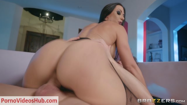Watch Online Porn – Brazzers – PornstarsLikeItBig presents Rachel Starr in Ghost Humping – 18.10.2018 (MP4, FullHD, 1920×1080)