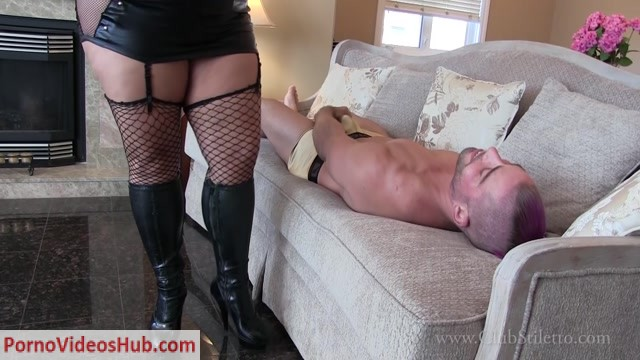 Clubstiletto_-_Goddess_Samantha_-_Fucked_or_Fucked_Up_by_the_Facecrusher.mp4.00012.jpg