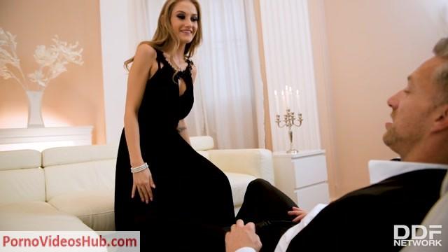 Watch Online Porn – DDFNetwork – DDFNetworkVR presents Tiffany Tatum in Cyber Seductress – 10.10.2018 (MP4, SD, 960×540)