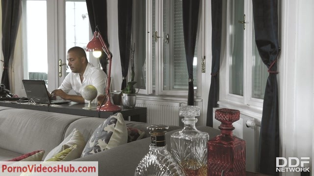 Watch Online Porn – DDFNetwork – HotLegsAndFeet presents Frida Sante in Hot Toes Full Of Cum – 16.10.2018 (MP4, HD, 1280×720)