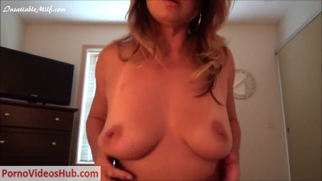 Diane_Andrews_in_You_Are_Going_To_Help_Me_Because_I_Caught_You_With_My_Panties....mp4.00010.jpg