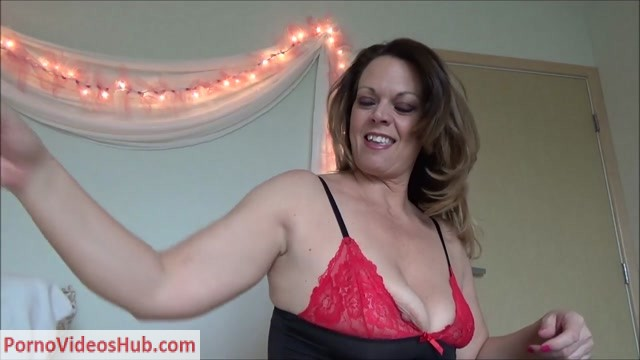 Diane_Andrews_in_Your_Birthday_Present.mp4.00002.jpg
