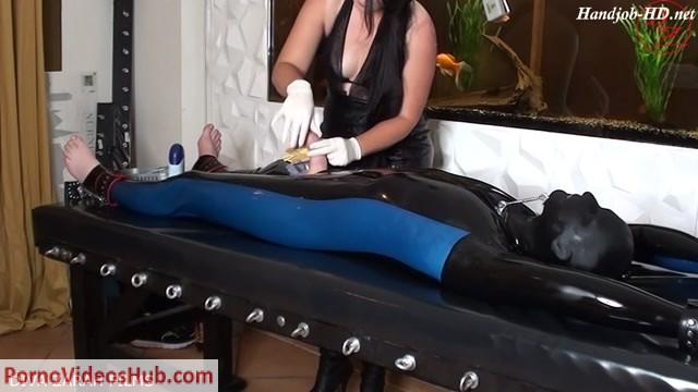 Watch Online Porn – Diva Zarah Films in Bizarre Perverse Milf Latex Cock Torture (MP4, HD, 1280×720)