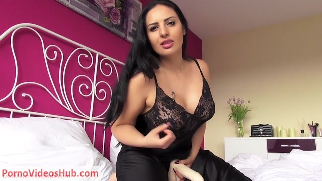 Ezada_Sinn_-_You_In_My_Nightgown.mp4.00002.jpg
