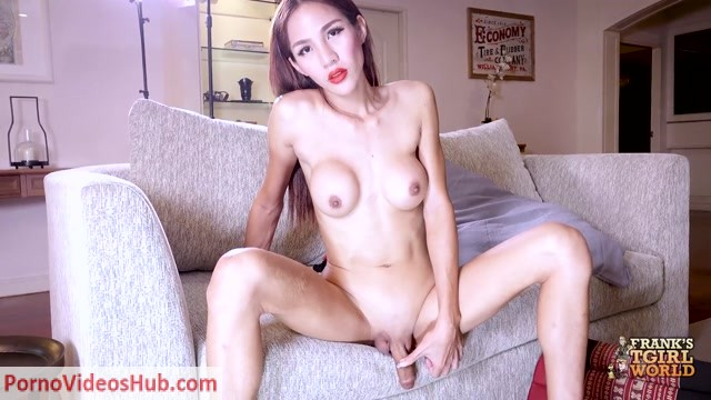Franks-tgirlworld_presents_Pretty_Tan_Plays_Her_Cock__-_11.10.2018.mp4.00014.jpg