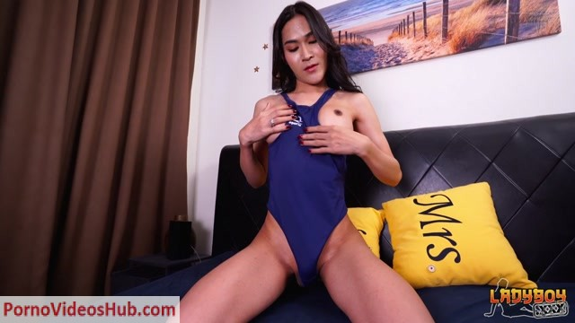 Ladyboys.xxx_presents_Naughty_Jesses_Bedroom_Play__-_11.10.2018.mp4.00001.jpg