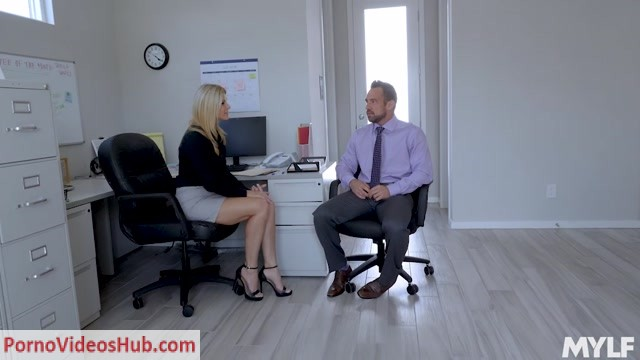 Watch Online Porn – MYLF presents India Summer in Frisky Business – 28.10.2018 (MP4, SD, 1024×576)