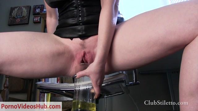 Watch Online Porn – Mistress T – Office Duties with Boss T (MP4, HD, 1280×720)
