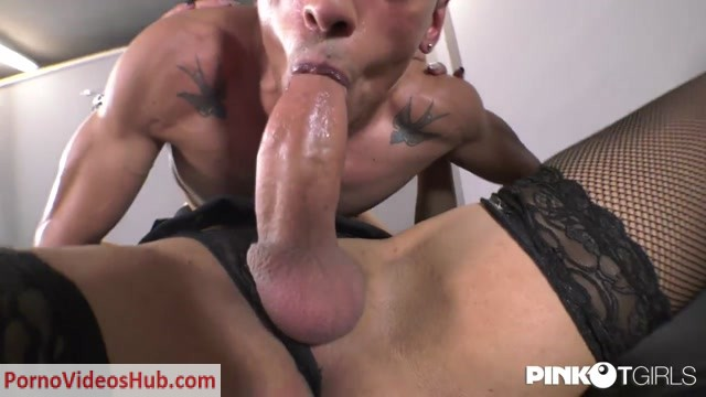 Pinkotgirls_presents_Dafnes_Big_Cock_Wants_A_Hot_Mouth_To_Fill_-_18.10.2018.mp4.00002.jpg