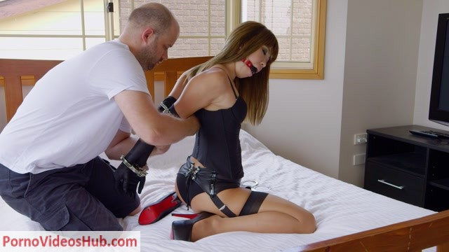 Watch Online Porn – RestrictedSenses presents Lingerie and Handcuffs (MP4, FullHD, 1920×1080)