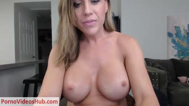 Watch Online Porn – Shemale Webcams Video for October 11, 2018 – 28 (MP4, SD, 1024×576)