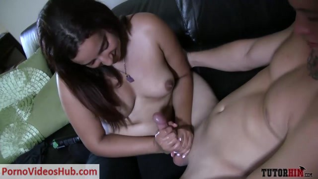 Tutorhim_-_Sophomore_Handjob_Surprise.mp4.00011.jpg