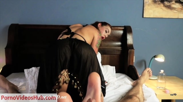Watch Free Porno Online – UNCHAINED PERVERSIONS GONZO presents Foxy Sanie in Dream Odalisque Footjob (MP4, FullHD, 1920×1080)