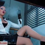 Young Goddess Kim – Office Desk ashtray